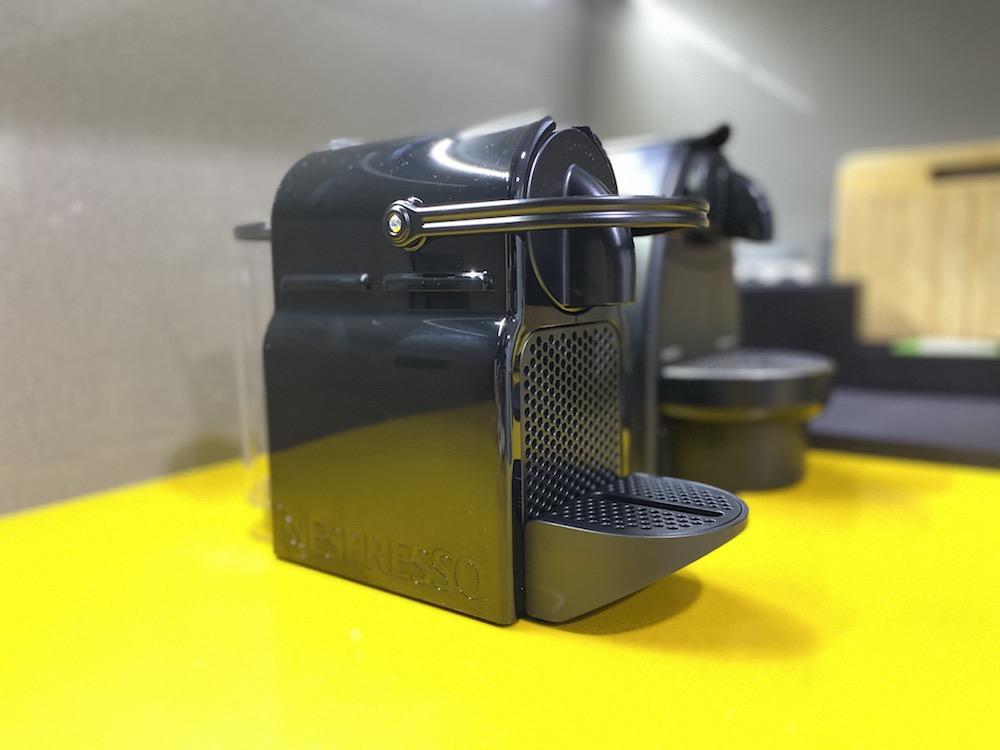 Cafetera de cápsulas Nespresso Inissia